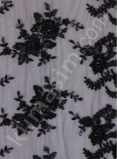 Gelinlik ve Nişanlık Aplike Desenli Eteği Sulu Siyah Kumaş - K10003