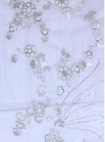 Seyrek Çiçek Desenli Payetli - Boncuklu - Taşlı Beyaz Kumaş - K29813