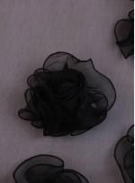 Tül Üzeri Üç Boyutlu Güllü Siyah Kumaş - K3210