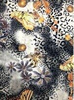 Leopar ve Kelebek Desenli Likralı Polyester Emprime Saten Kumaş - K3320