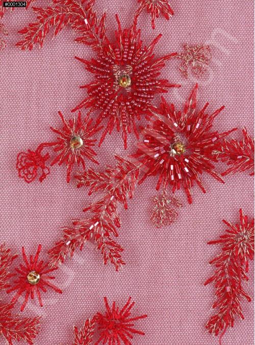Boncuklu Aplike Çiçek Desenli Dilimli Kırmızı Kumaş - K5404
