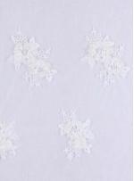 Çiçek Desenli Boncuklu Beyaz Kordoneli Gelinlik Dantel Kumaş - K5606