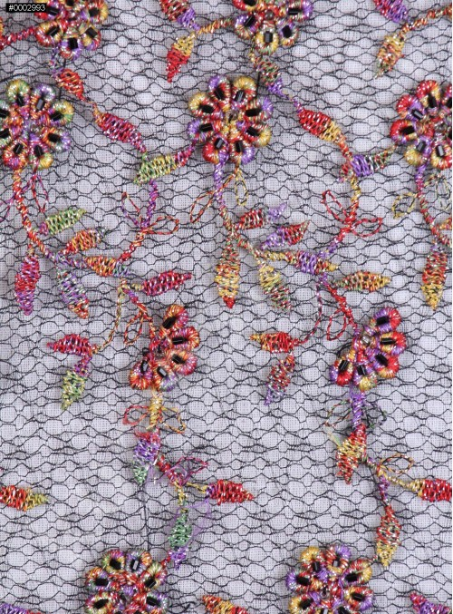 Rengarenk Çiçek Desenli Siyah Boru Boncuklu Nakışlı Kumaş - K5610