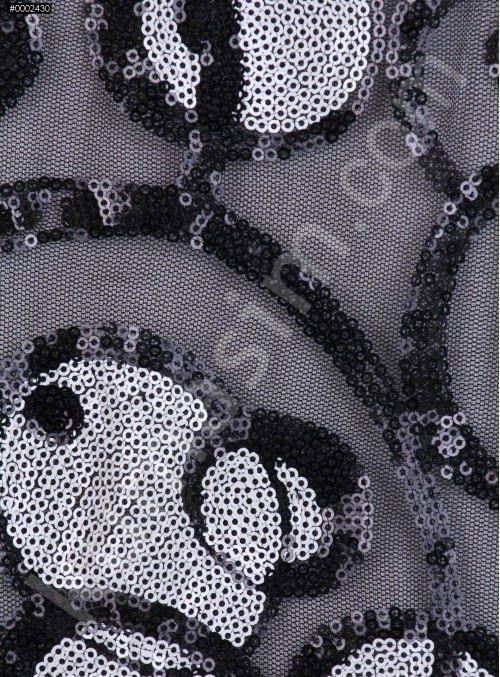 Daire Desenli Siyah Beyaz Payetli Kumaş - K9100