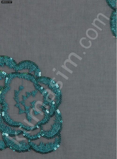 Çiçek Desenli 3 MM Payetli ve Simli İşlemeli Petrol Kumaş - K9356