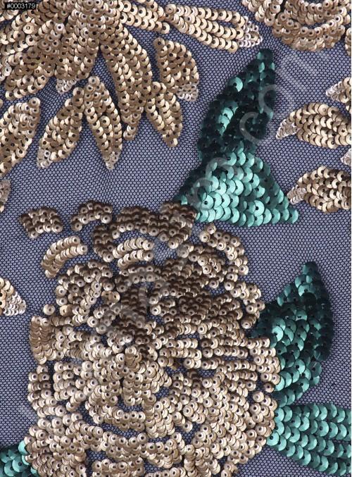 Çiçek Desenli 3 MM ve 5 MM Payetli Yeşil-Gold c26 Kumaş - K9365