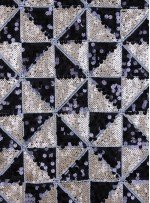 Çift Renkli Üçgen Desenli Siyah Gold Payetli Kumaş - K9447