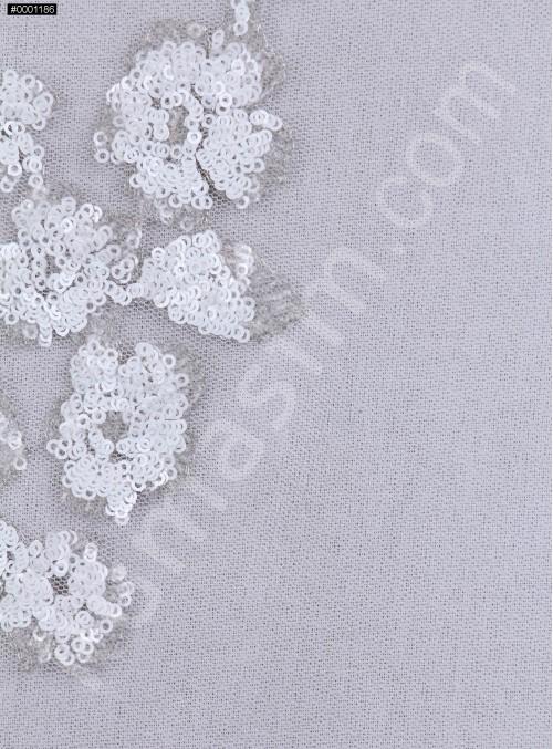 Çiçek Desenli Beyaz Payetli Aplike Kumaş - K9467