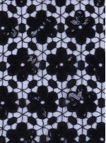 File Üzerine Çiçek Desenli Sıvama 3 MM Payetli Siyah Kumaş - K9592