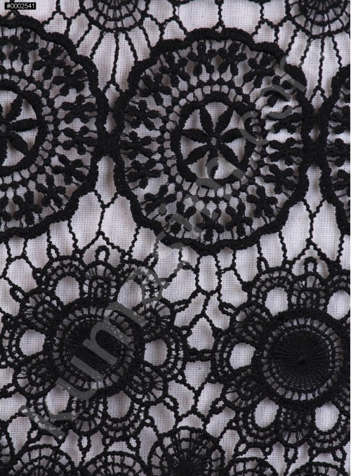 Daire ve Etnik Desenli Abiyelik Siyah Güpür - K9608