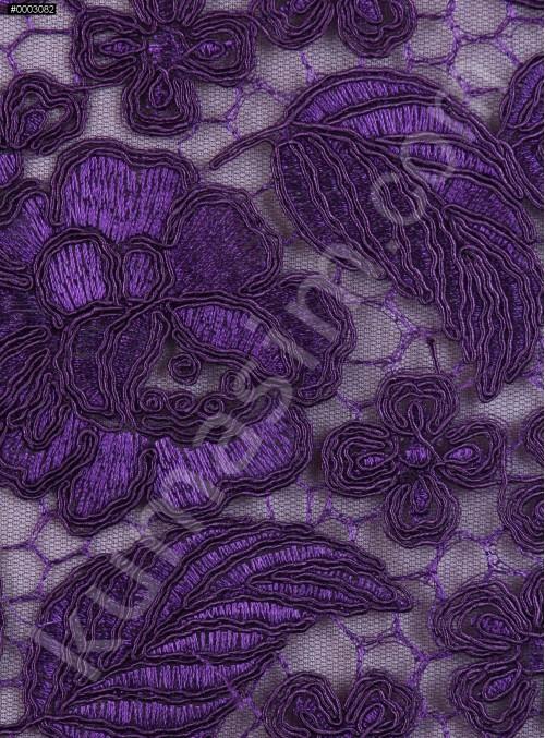 Çiçek ve Yaprak Desenli Kalın Mor Kordoneli Güpür Kumaş - K9644