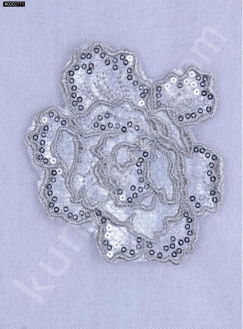 Eteği Sulu Gül Desenli Gümüş Payetli Kumaş - K9676
