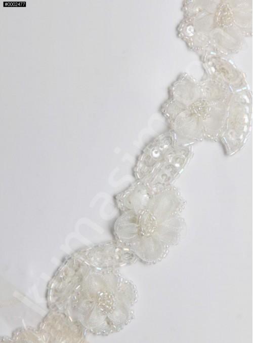 Boncuklu ve Payetli Desenli Beyaz Çiçekli İnci Kenar Bant - AK0014
